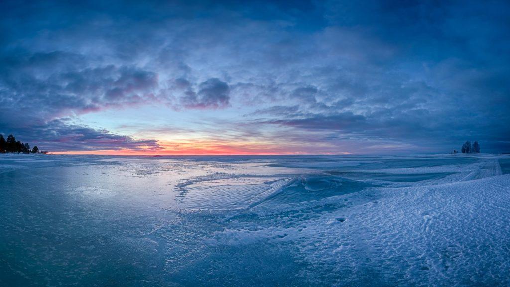 Blue ice sunset © 2017Mikko Leinonen.